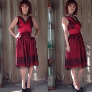 RED  COCKTAIL DRESS WITH BLACK TULLE AND SHIMMER